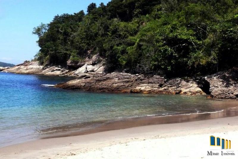 Próximo ao mar 02 – Terreno a venda em Paraty com praia e nascente