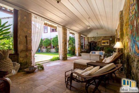 casa-a-venda-no-centro-historico-de-paraty (13)