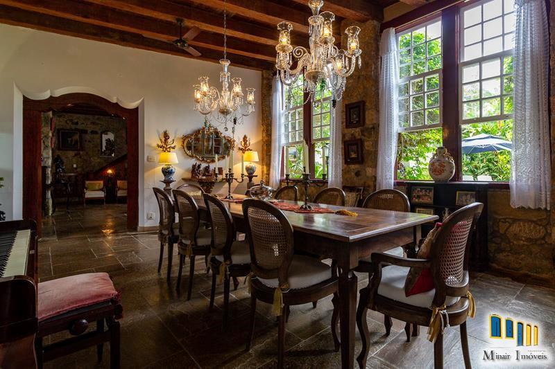 casa-a-venda-no-centro-historico-de-paraty (20)