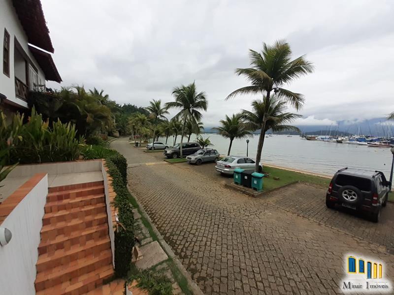 casa-a-venda-de-frente-para-o-mar-em-paraty (4)