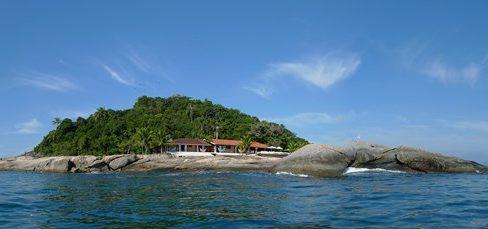 paraty-rj-ilha-aracatiba-robson-marinho-foto-adriano-escanhuela-2011-21-C¦pia