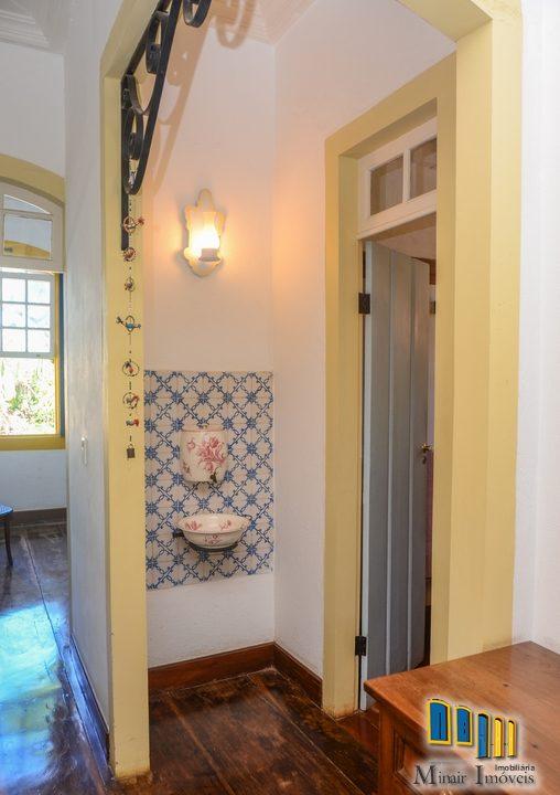 casa a venda no centro historico de paraty (14)