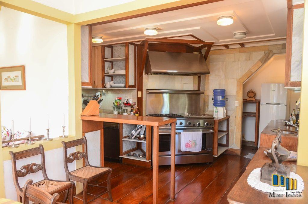 casa a venda no centro historico de paraty (24)