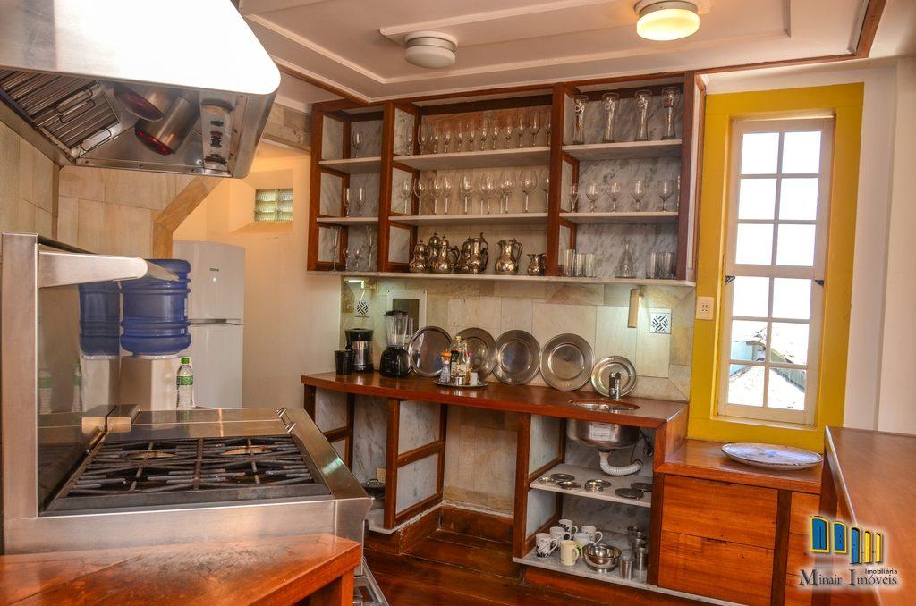 casa a venda no centro historico de paraty (26)