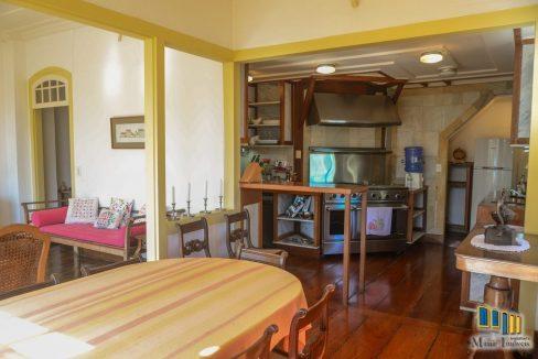 casa a venda no centro historico de paraty (28)