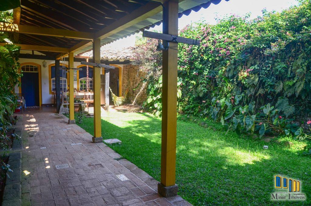casa a venda no centro historico de paraty (9)
