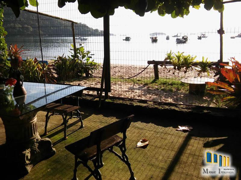 PCH 103 – Casa a venda em Paraty frente para o mar