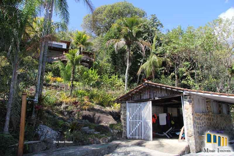 casa a venda em paraty de frente para o mar na localidade da ponta grossa (17)