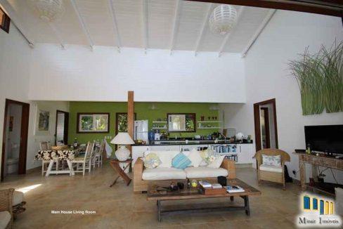 casa a venda em paraty de frente para o mar na localidade da ponta grossa (4)