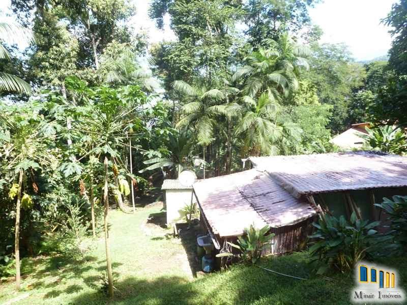 terreno a venda em paraty na localidade da praia grande com uma charmosa casa de pau a pique (20)