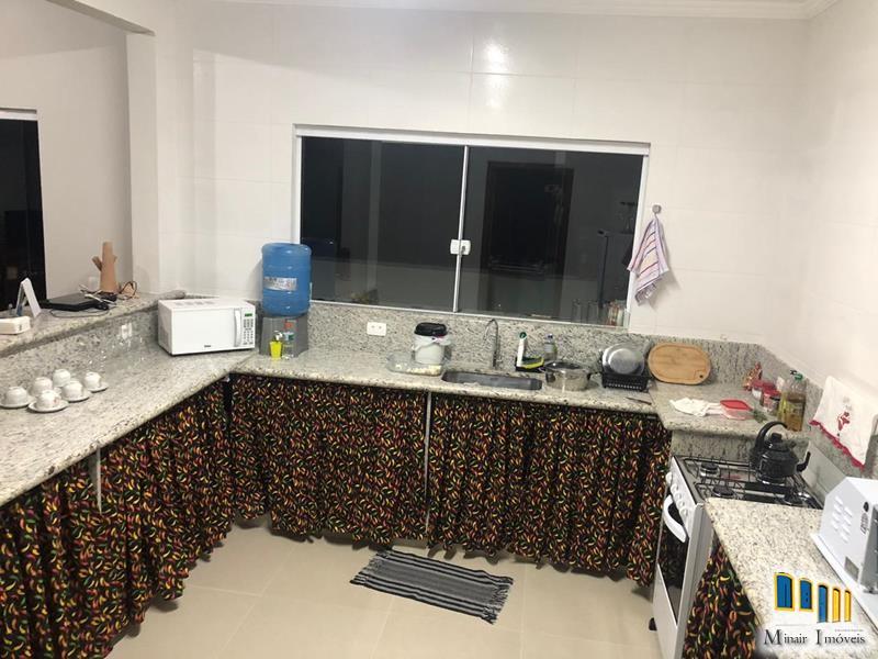 casa-a-venda-no-bairro-jabaquara-em-paraty (2)