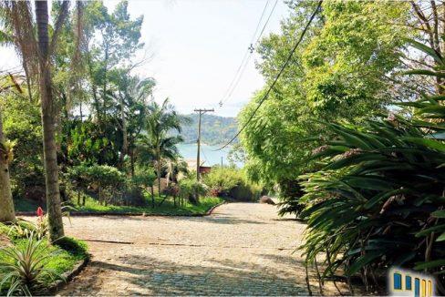 sitio a venda em paraty na localidade da praia grande com vista para o mar (27)