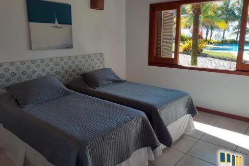 casa-a-venda-em-condominio-na-localidade-da-praia-grande (10)