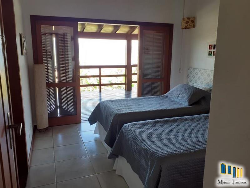 casa-a-venda-em-condominio-na-localidade-da-praia-grande (11)