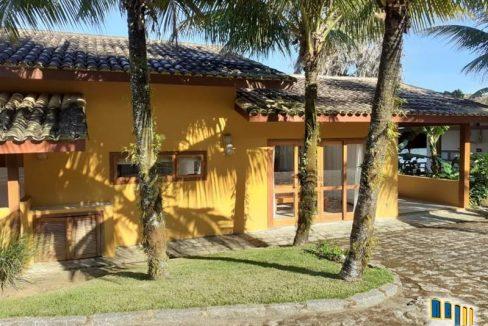 casa-a-venda-em-condominio-na-localidade-da-praia-grande (3)