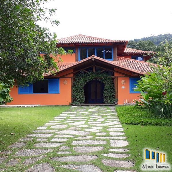 PCH 141 – Casa a venda em Paraty no condomínio Laranjeiras