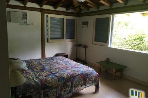 casa-a-venda-no-condominio-laranjeiras-em-paraty (11)