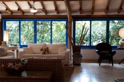 casa-a-venda-no-condominio-laranjeiras-em-paraty (14)