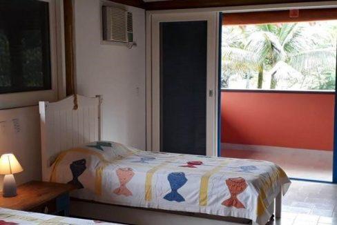 casa-a-venda-no-condominio-laranjeiras-em-paraty (3)