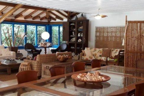 casa-a-venda-no-condominio-laranjeiras-em-paraty (8)