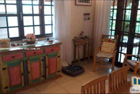 casa-a-venda-no-bairro-cabore-em-paraty (17)