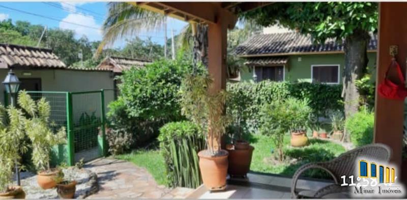 casa-a-venda-no-bairro-cabore-em-paraty (24)
