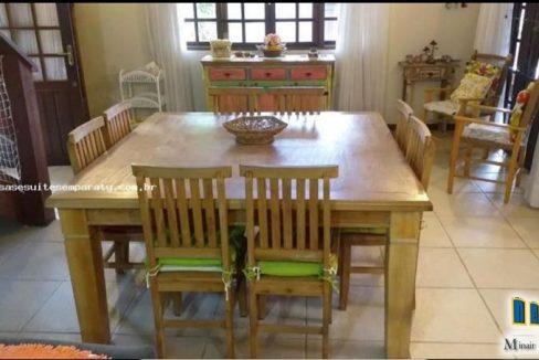 casa-a-venda-no-bairro-cabore-em-paraty (9)
