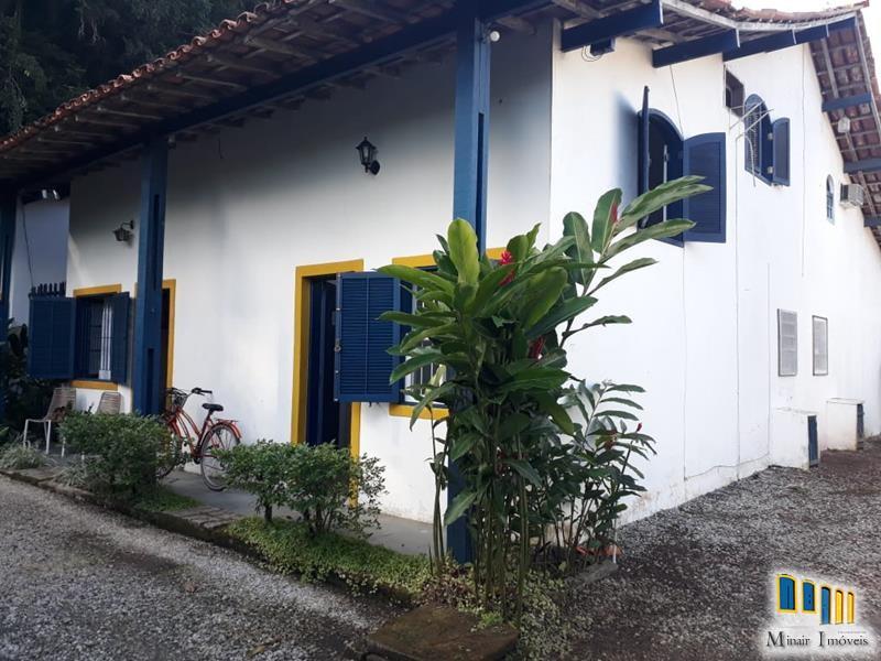 PCH 148 – Charmosa Casa a venda em Paraty em condomínio