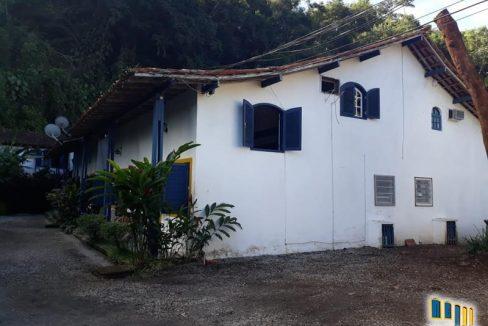 casa-a-venda-em-paraty-em-condominio (21)