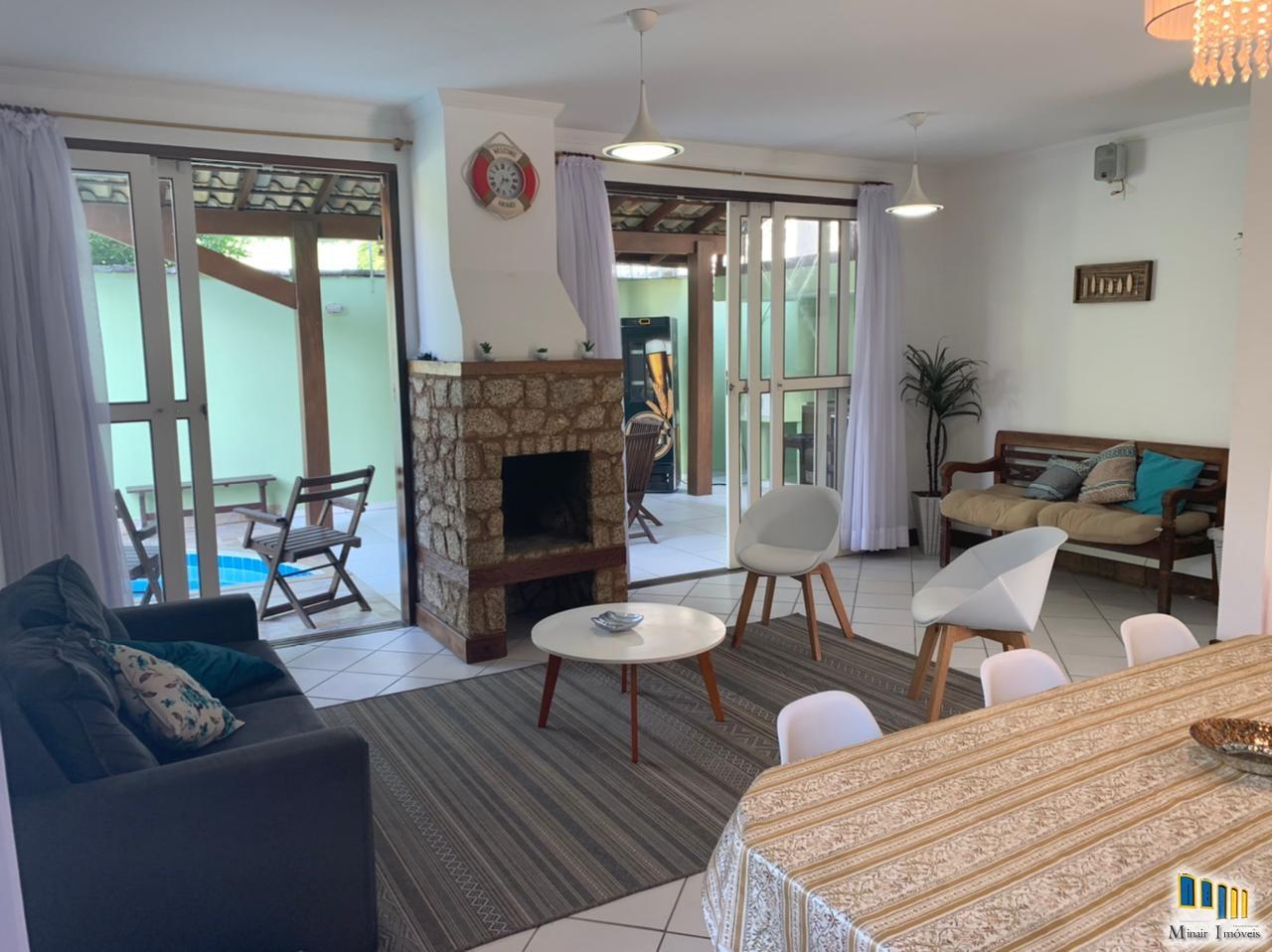 PCH 156 -Linda casa a venda em Paraty no bairro Caborê
